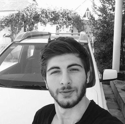 Молоденькая студентка David, рост: 180, вес: 60
