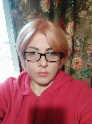 Снять телку (Ирина, 38 лет)