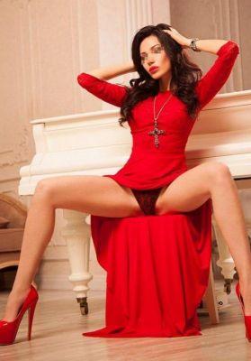 Зняти дівчину в інтернеті легко на SexoKiev.me