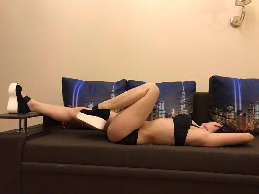 Оля, 23 лет - эромассаж для мужчин