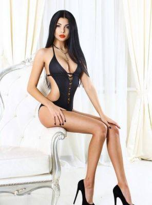 Кристина - массаж с интимом от 1600 грн. в час