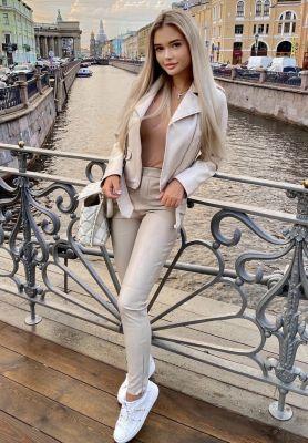 VIP девушка Dasha, рост: 165, вес: 50