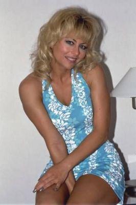 Алена — проститутка для девушек от 500 грн. в час