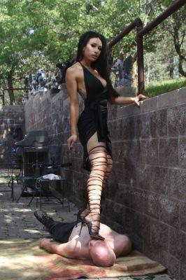 самая дешевая проститутка Госпожа Ася, 23 лет, закажите онлайн