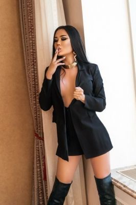 Ханна Трансексуалка  — проститутка с выездом, 23 лет, рост: 177, вес: 68